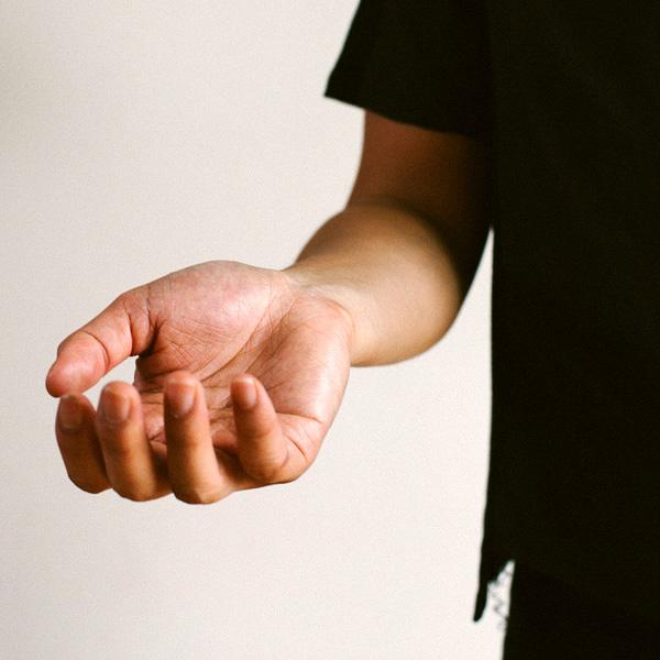 Open body language in public speaking